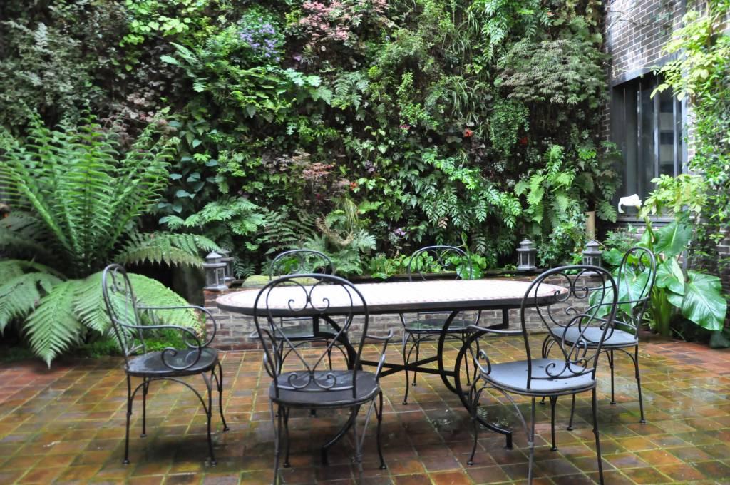 Murs v g taux for Paroi de separation jardin